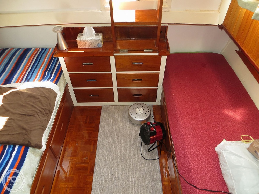 1972 Grand Banks boat for sale, model of the boat is 36 Classic & Image # 8 of 40