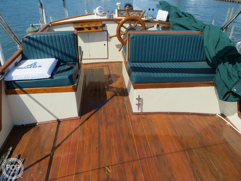 1972 Grand Banks boat for sale, model of the boat is 36 Classic & Image # 17 of 40