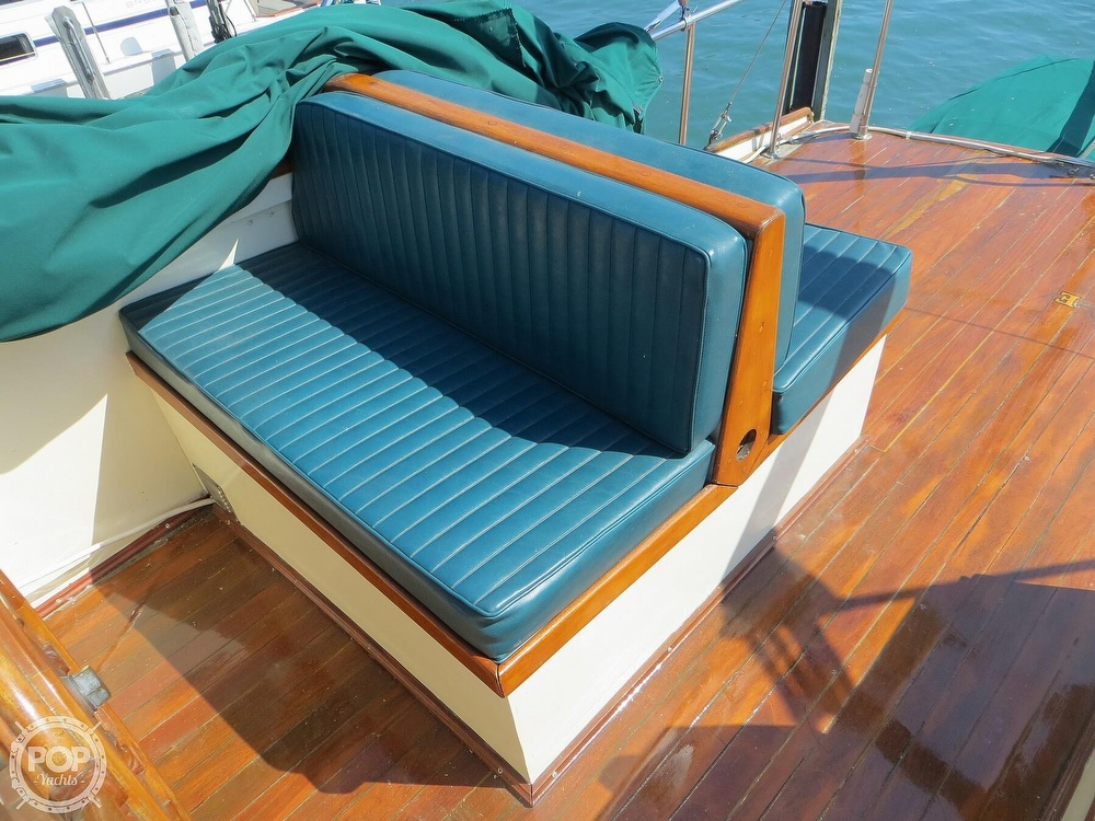 1972 Grand Banks boat for sale, model of the boat is 36 Classic & Image # 21 of 40