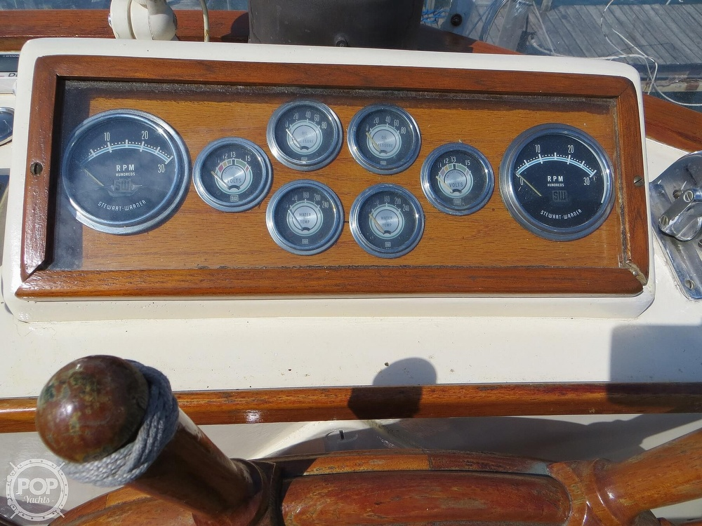 1972 Grand Banks boat for sale, model of the boat is 36 Classic & Image # 28 of 40