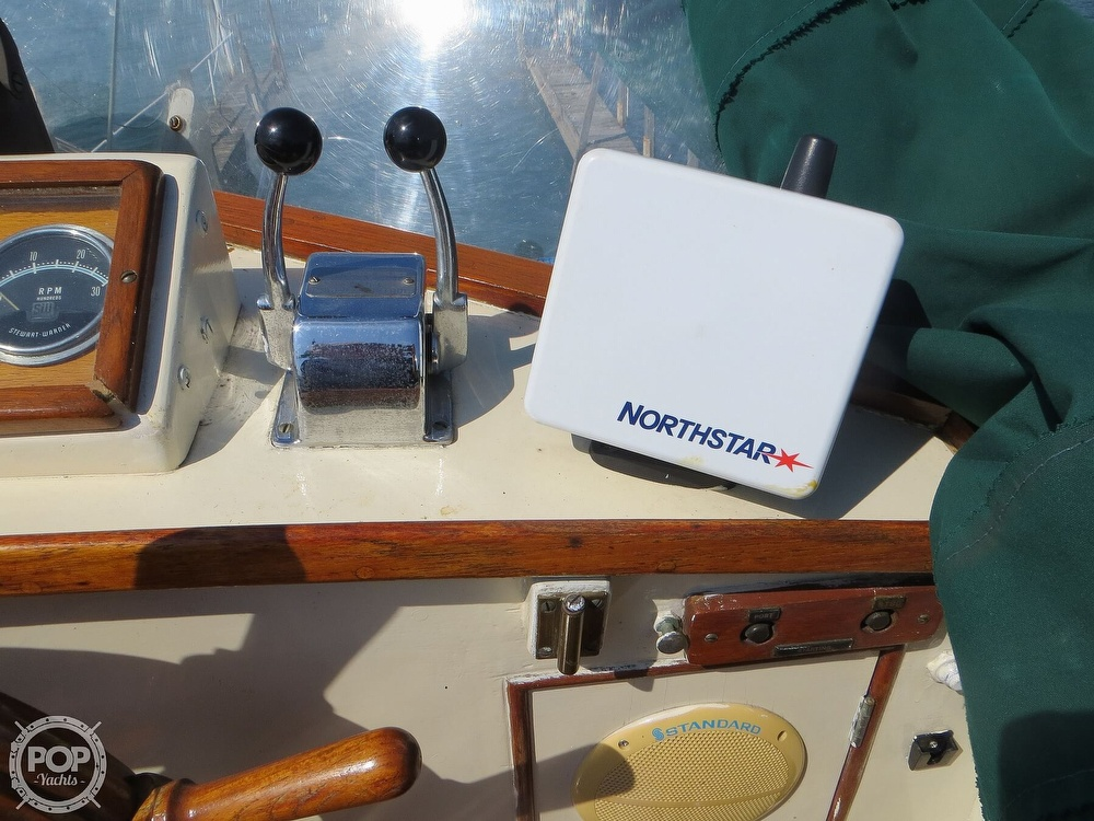 1972 Grand Banks boat for sale, model of the boat is 36 Classic & Image # 30 of 40