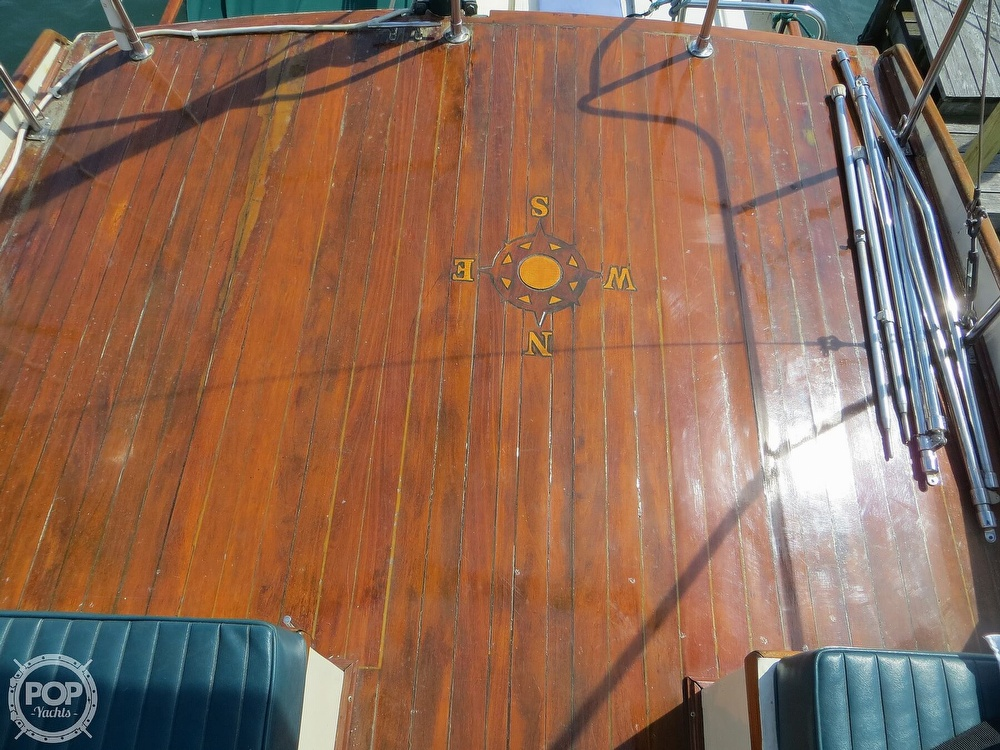 1972 Grand Banks boat for sale, model of the boat is 36 Classic & Image # 37 of 40