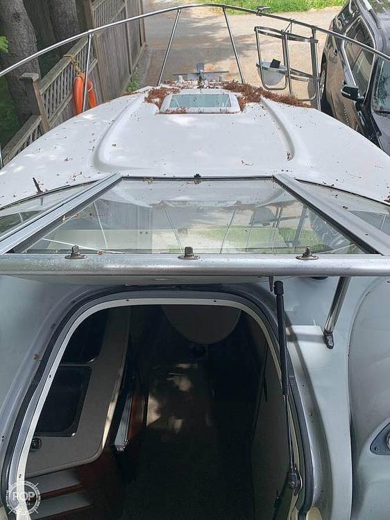 2004 Bayliner boat for sale, model of the boat is 245 Sunbridge & Image # 19 of 22