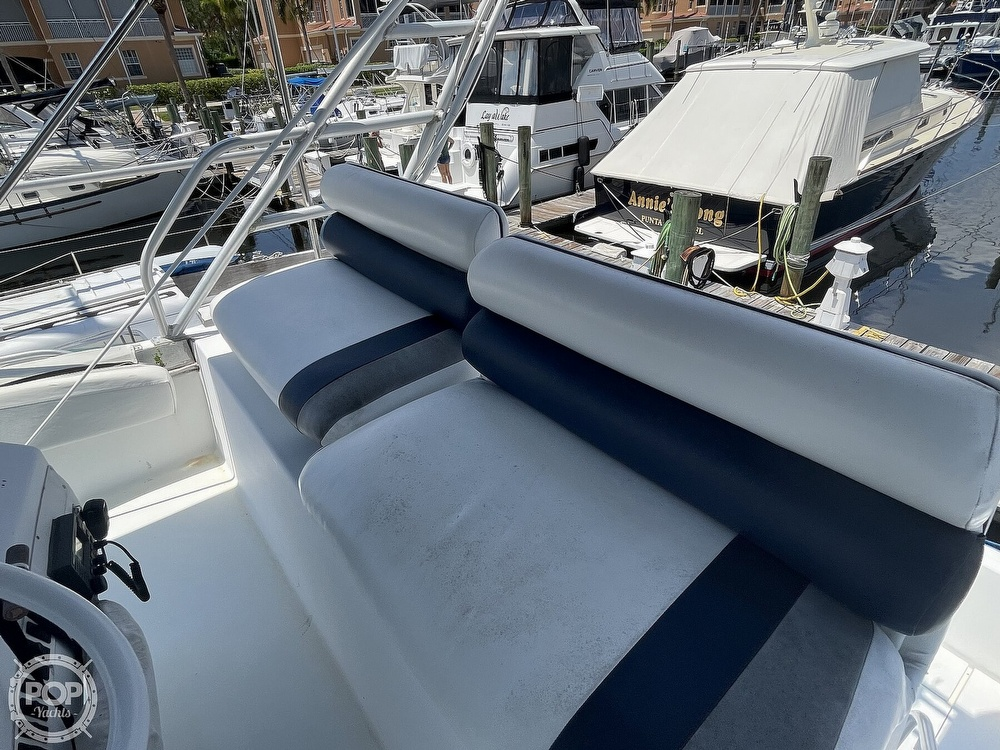 1994 Mainship boat for sale, model of the boat is 40 Sedan Bridge & Image # 5 of 40