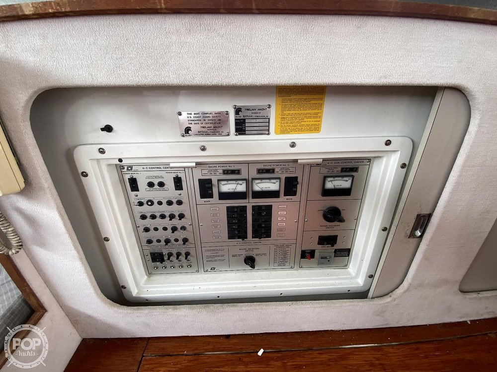 1987 Trojan boat for sale, model of the boat is 10.8-METER CNV & Image # 8 of 40