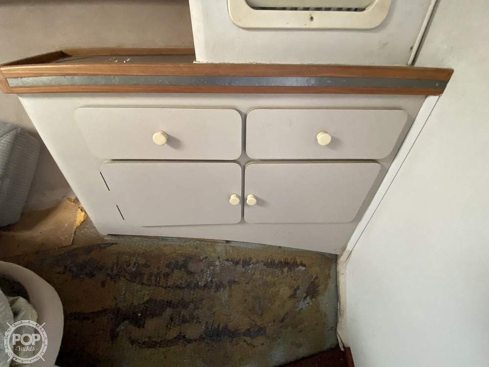 1987 Trojan boat for sale, model of the boat is 10.8-METER CNV & Image # 26 of 40