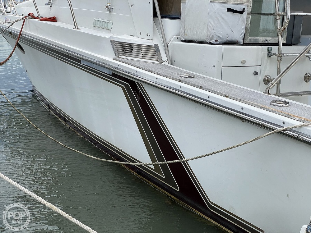 1987 Trojan boat for sale, model of the boat is 10.8-METER CNV & Image # 4 of 40