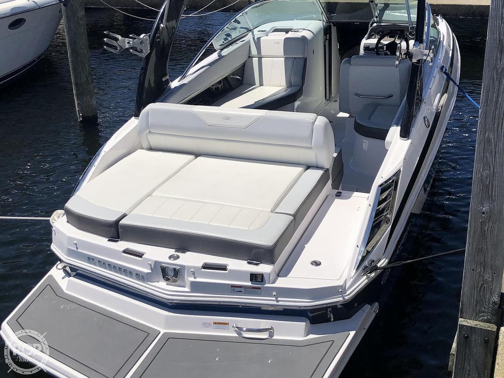 2014 Regal boat for sale, model of the boat is 27 Fasdeck RX & Image # 12 of 40