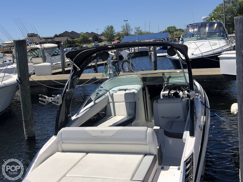 2014 Regal boat for sale, model of the boat is 27 Fasdeck RX & Image # 14 of 40