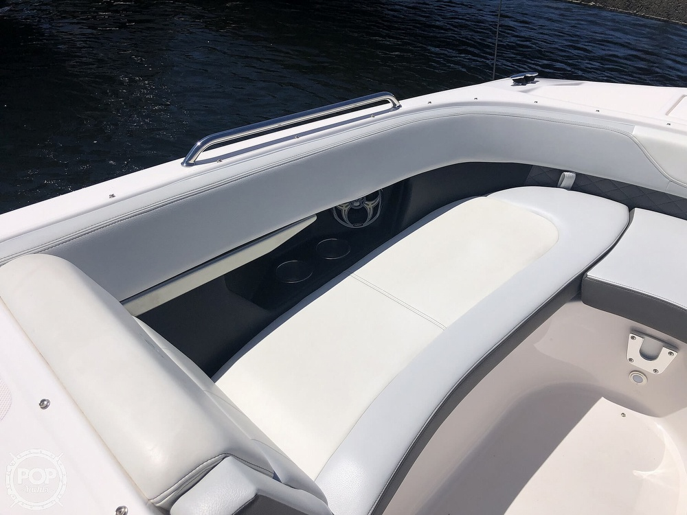 2014 Regal boat for sale, model of the boat is 27 Fasdeck RX & Image # 32 of 40