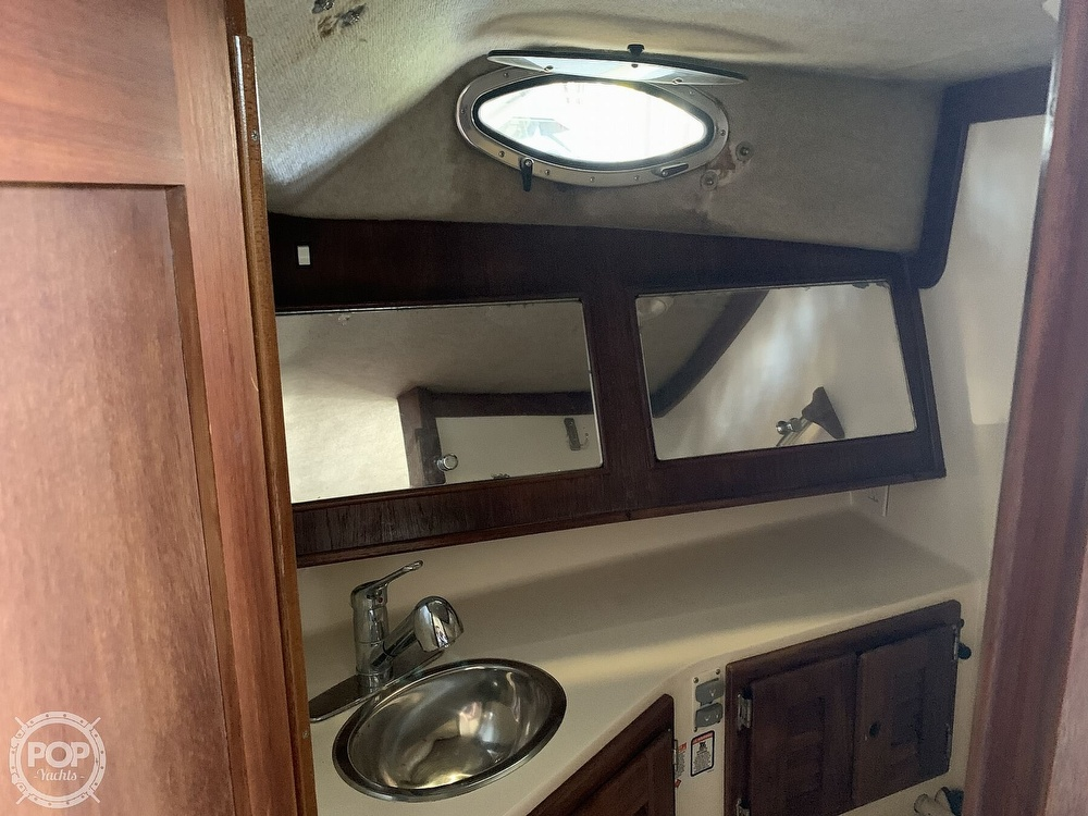 1997 Carolina Classic boat for sale, model of the boat is 28 & Image # 25 of 40
