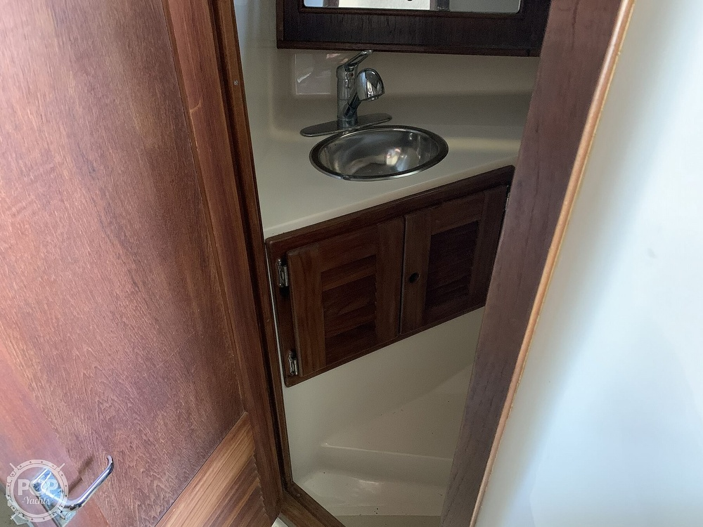 1997 Carolina Classic boat for sale, model of the boat is 28 & Image # 27 of 40