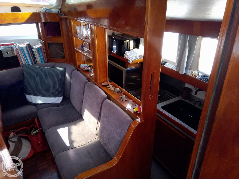1976 Solaris boat for sale, model of the boat is 42 & Image # 11 of 40