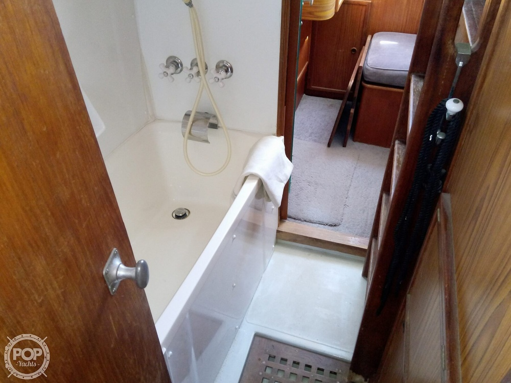1976 Solaris boat for sale, model of the boat is 42 & Image # 29 of 40