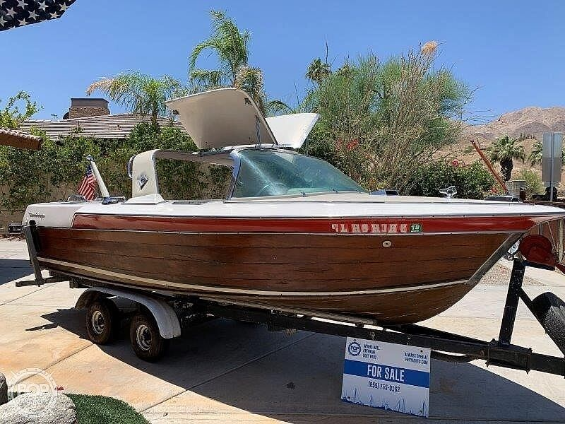 1966 Century boat for sale, model of the boat is Sabre 18 Gull Wing Hardtop & Image # 3 of 40