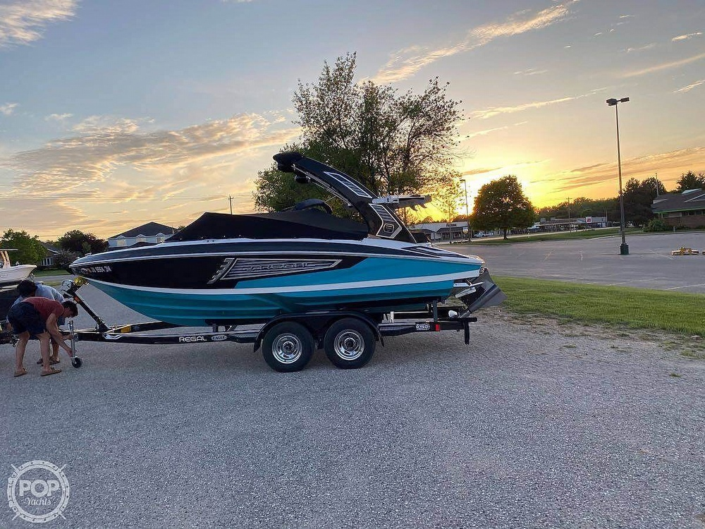 2019 Regal boat for sale, model of the boat is Surf RX21 & Image # 2 of 10