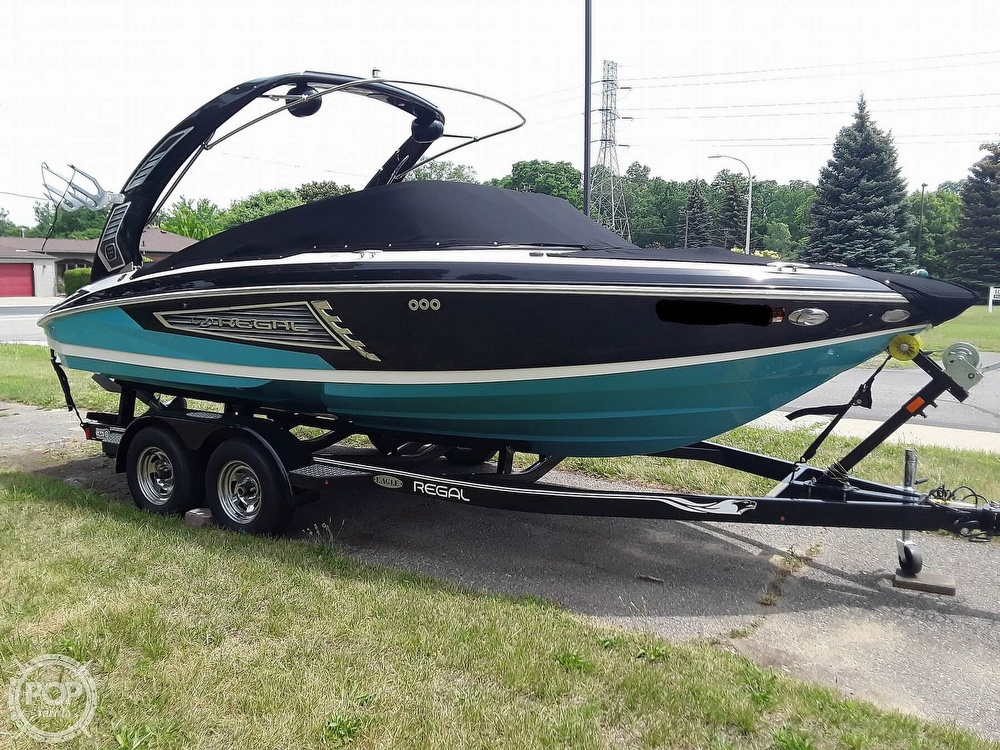 2019 Regal boat for sale, model of the boat is RX 2100 Surf & Image # 11 of 40