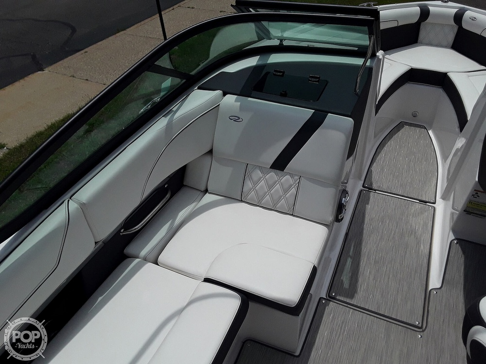 2019 Regal boat for sale, model of the boat is RX 2100 Surf & Image # 35 of 40