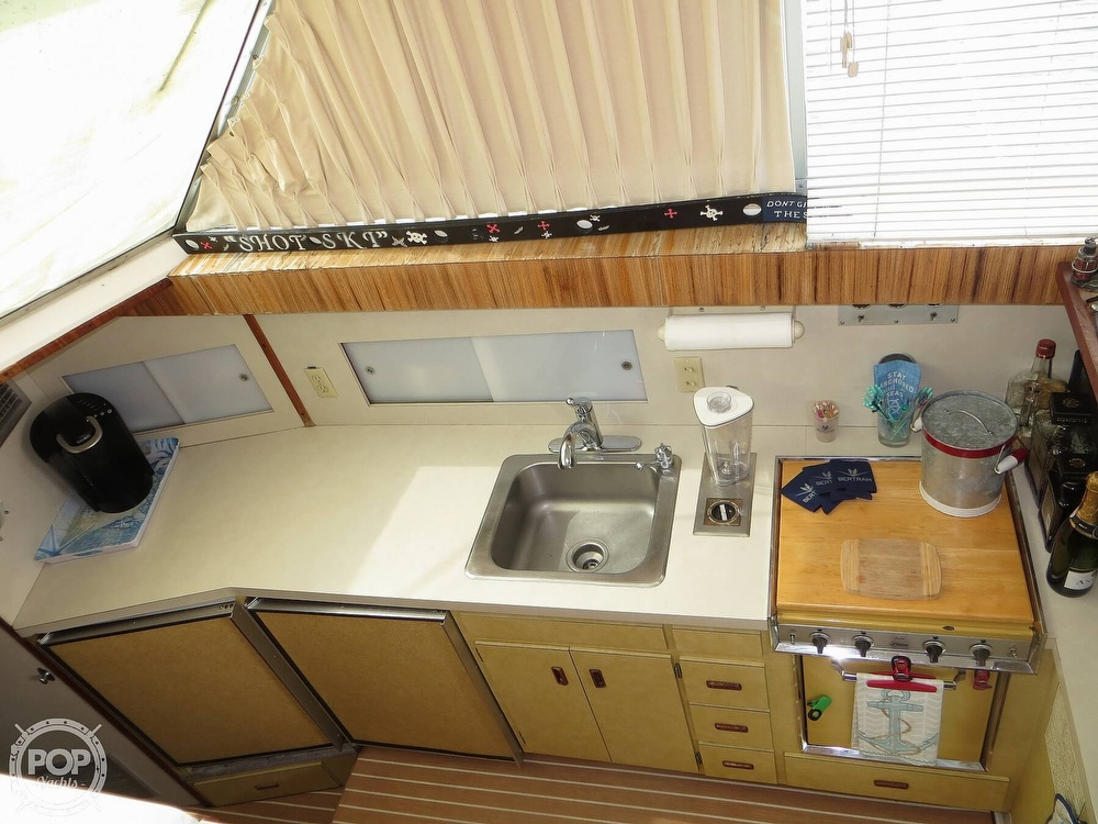 1975 Bertram boat for sale, model of the boat is 46 Convertible & Image # 7 of 40