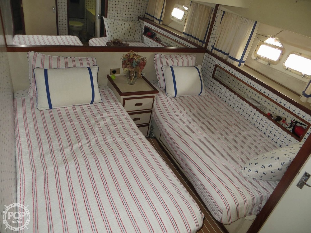 1975 Bertram boat for sale, model of the boat is 46 Convertible & Image # 8 of 40