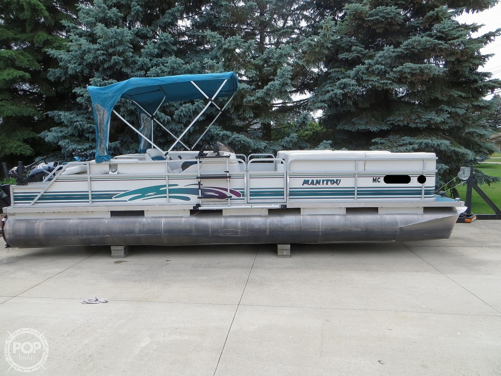 2000 Manitou boat for sale, model of the boat is 24 & Image # 26 of 40