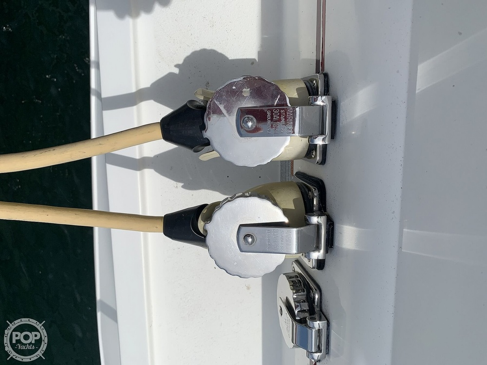 1996 Cruisers Yachts boat for sale, model of the boat is 3775 Esprit & Image # 8 of 40