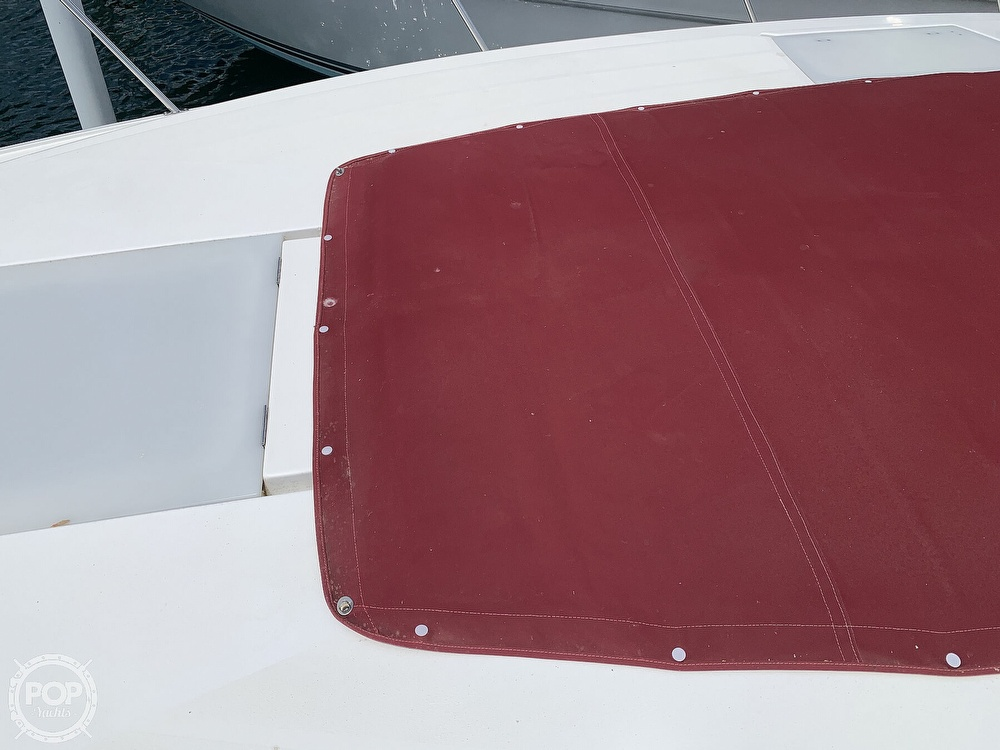 1996 Cruisers Yachts boat for sale, model of the boat is 3775 Esprit & Image # 20 of 40