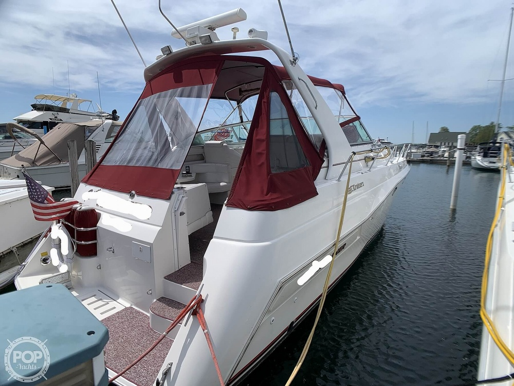 1996 Cruisers Yachts boat for sale, model of the boat is 3775 Esprit & Image # 5 of 40