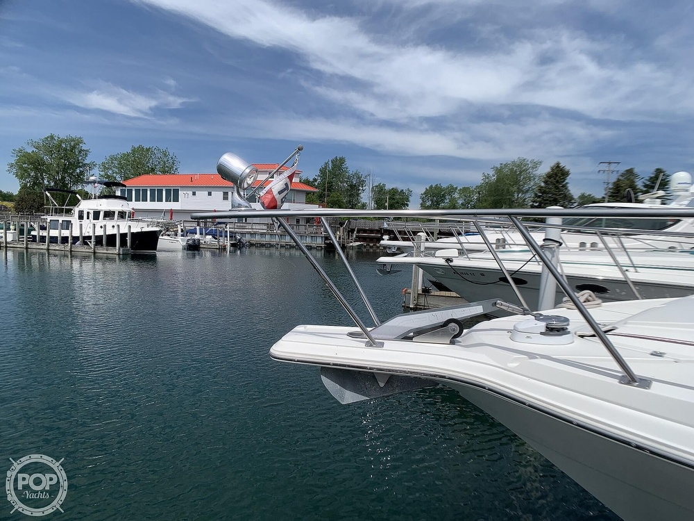 1996 Cruisers Yachts boat for sale, model of the boat is 3775 Esprit & Image # 35 of 40