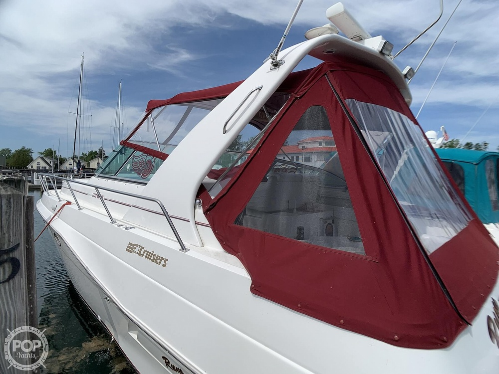 1996 Cruisers Yachts boat for sale, model of the boat is 3775 Esprit & Image # 4 of 40