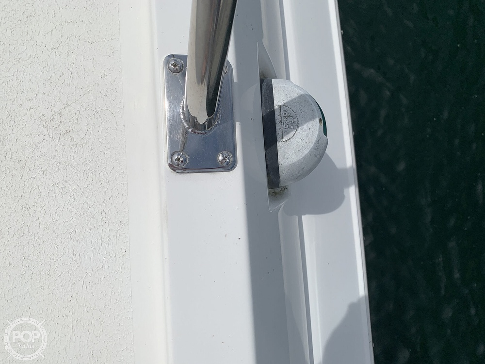 1996 Cruisers Yachts boat for sale, model of the boat is 3775 Esprit & Image # 11 of 40