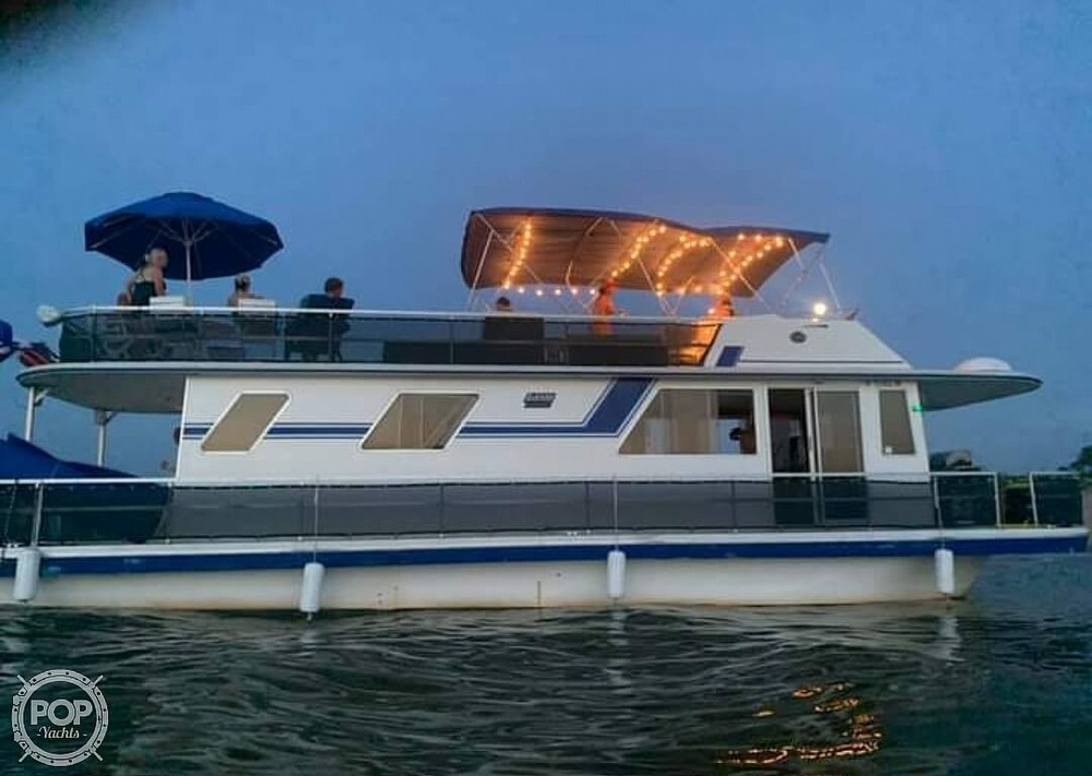 1988 Gibson boat for sale, model of the boat is Executive & Image # 2 of 40
