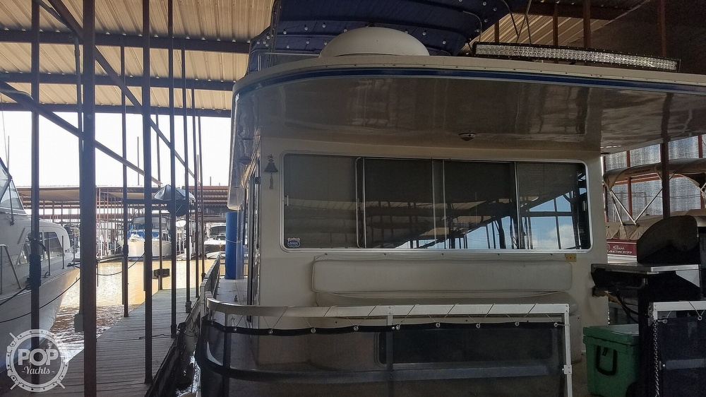 1988 Gibson boat for sale, model of the boat is Executive & Image # 12 of 40