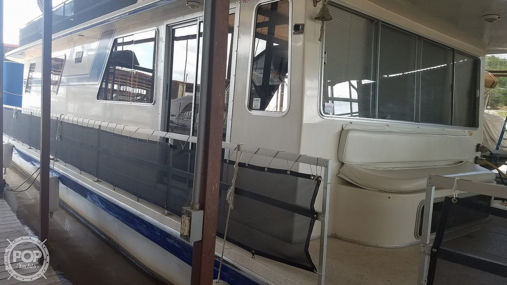 1988 Gibson boat for sale, model of the boat is Executive & Image # 17 of 40