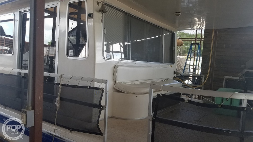 1988 Gibson boat for sale, model of the boat is Executive & Image # 18 of 40