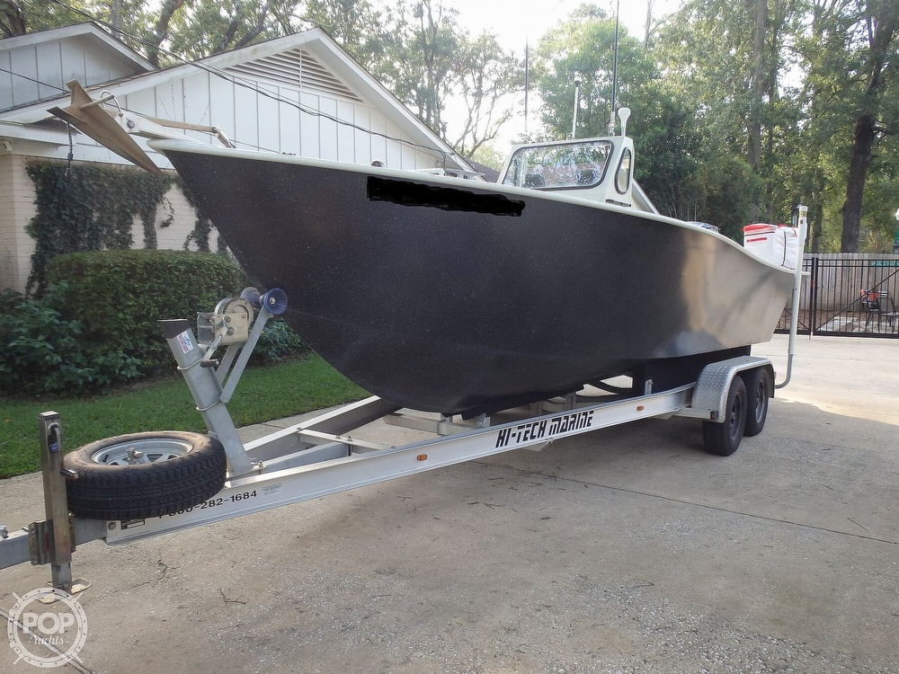 2007 Endurance boat for sale, model of the boat is 24CC & Image # 3 of 40