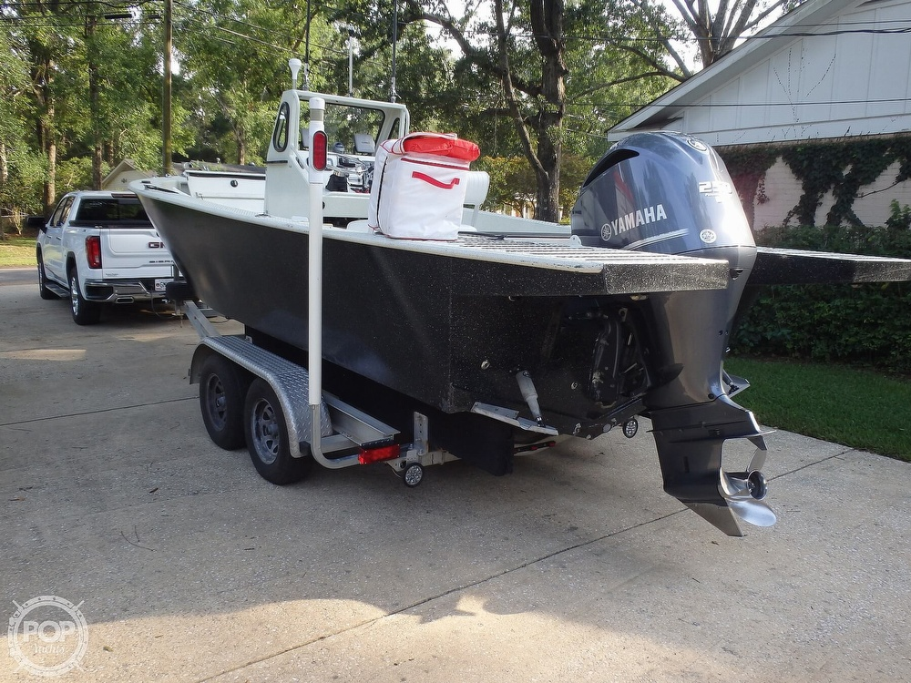 2007 Endurance boat for sale, model of the boat is 24CC & Image # 15 of 40