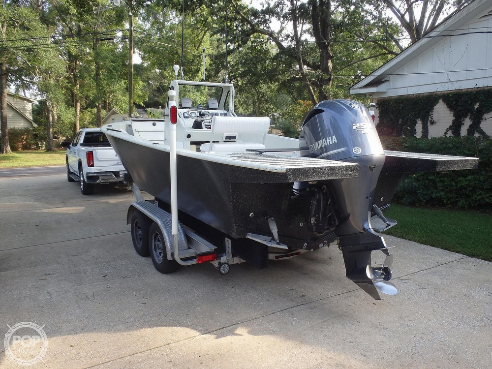 2007 Endurance boat for sale, model of the boat is 24CC & Image # 16 of 40