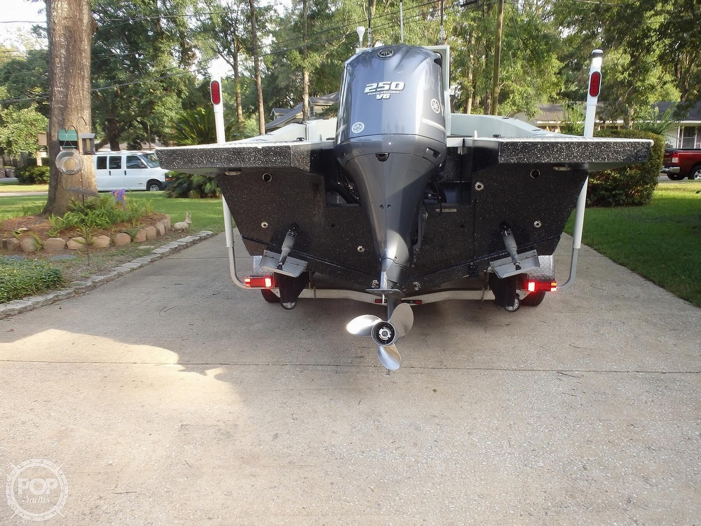 2007 Endurance boat for sale, model of the boat is 24CC & Image # 17 of 40