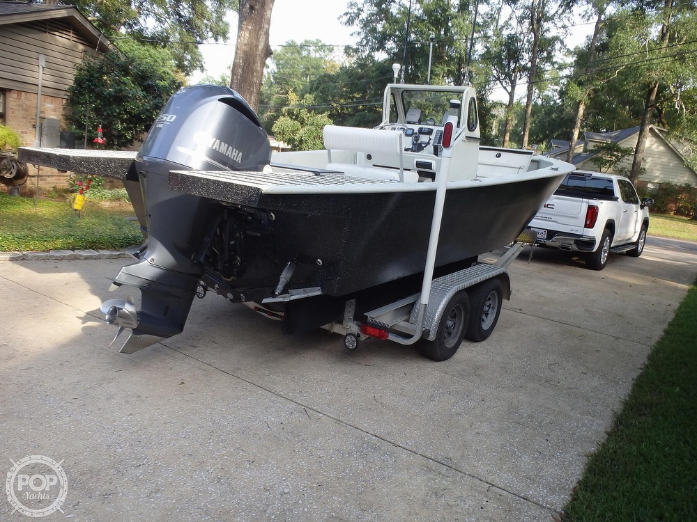 2007 Endurance boat for sale, model of the boat is 24CC & Image # 18 of 40