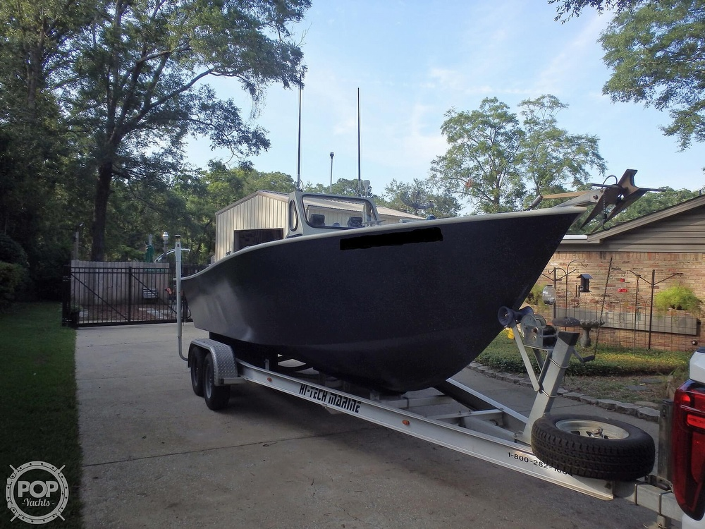 2007 Endurance boat for sale, model of the boat is 24CC & Image # 19 of 40