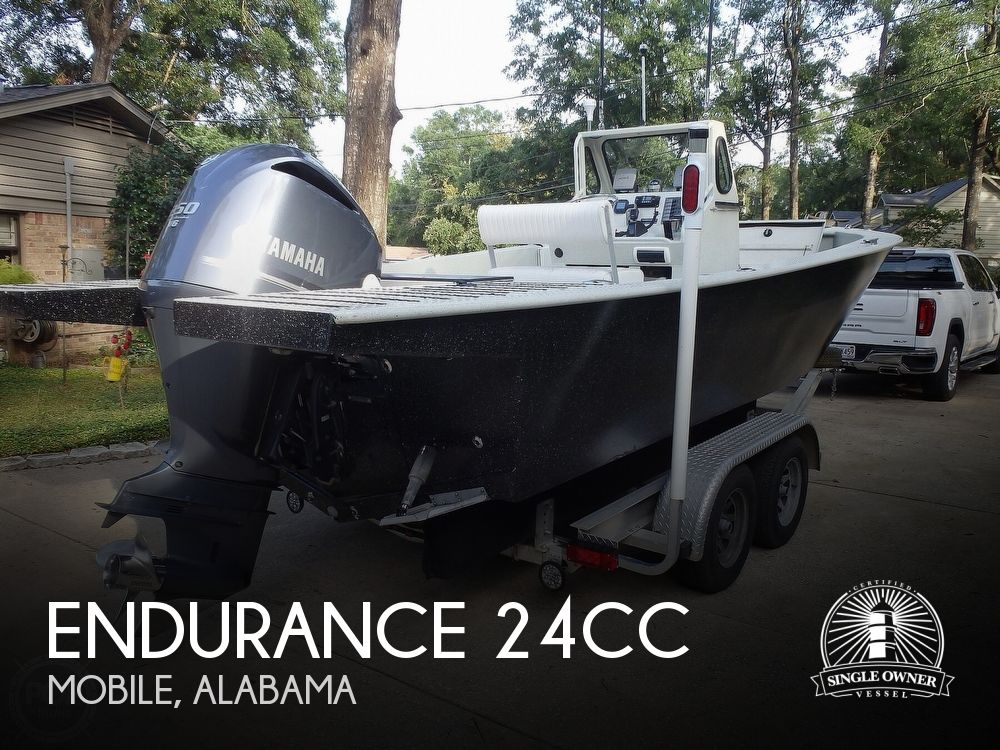 2007 Endurance boat for sale, model of the boat is 24CC & Image # 1 of 40