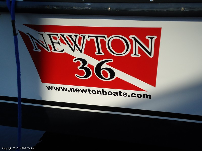 2011 Newton 36 Dive Boat - Photo #9