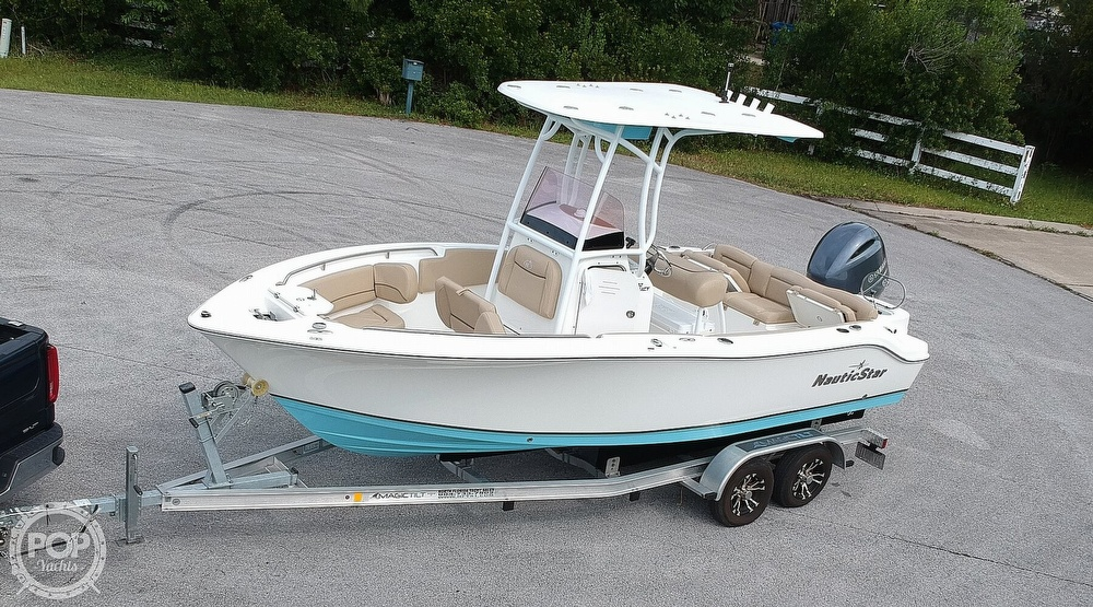 2019 Nautic Star boat for sale, model of the boat is Legacy 2102 & Image # 17 of 40