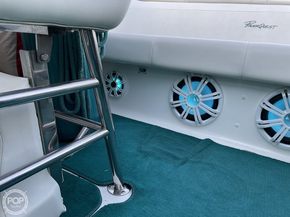 1999 Powerquest boat for sale, model of the boat is 260 Legend SX & Image # 28 of 40