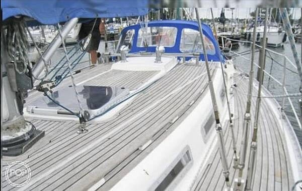 1984 Wauquiez boat for sale, model of the boat is Hood 38 & Image # 6 of 40