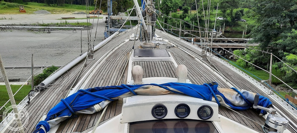 1984 Wauquiez boat for sale, model of the boat is Hood 38 & Image # 21 of 40