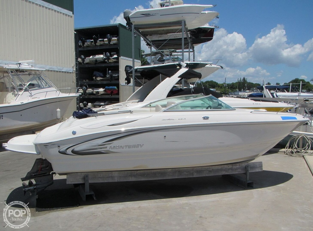 2005 Monterey boat for sale, model of the boat is 248LS Montura & Image # 13 of 40