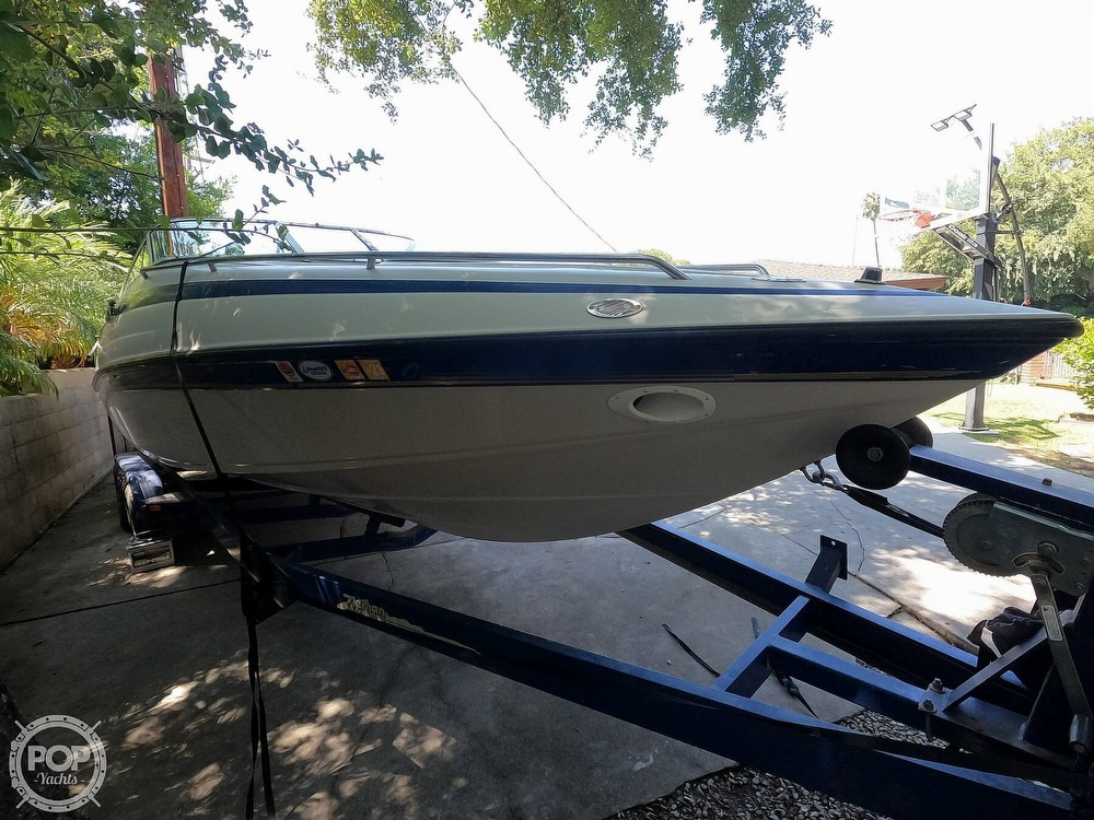 1997 Crownline boat for sale, model of the boat is 266 CCR & Image # 5 of 40