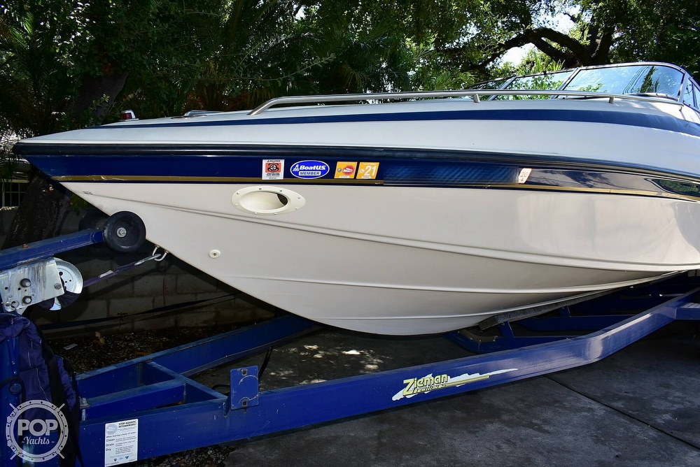 1997 Crownline boat for sale, model of the boat is 266 CCR & Image # 23 of 40